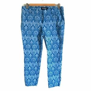 OLD NAVY stretch capris pants graphic blue on blue
